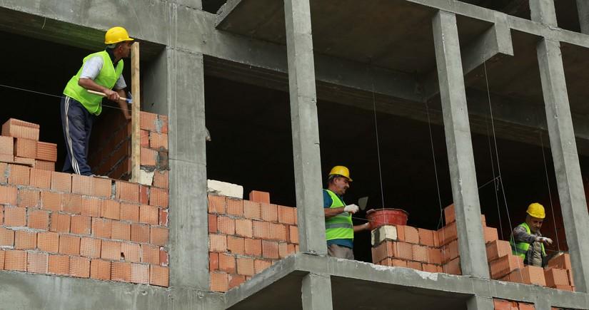 Bakıda inşaat işlərinin 88,5 %-ini qeyri-dövlət müəssisələri yerinə yetirib