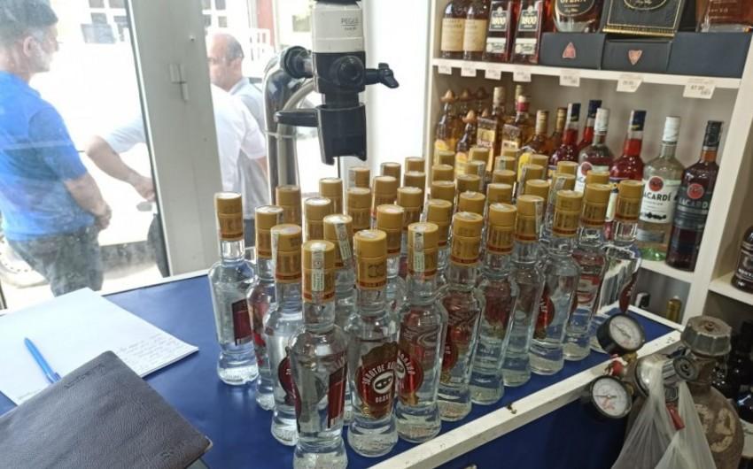 Bərdədə saxta alkoqollu içkilərin satışı müəssisəsi aşkarlanıb
