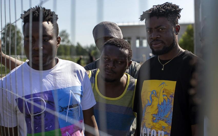 В Литве из центра приема нелегальных мигрантов бежал 21 человек