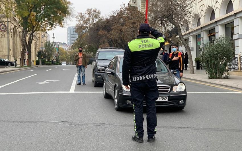 В Азербайджане память шехидов почтили минутой молчания