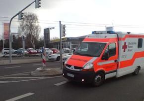 Almaniyada avtobus qəzaya uğrayıb, onlarla yaralı var