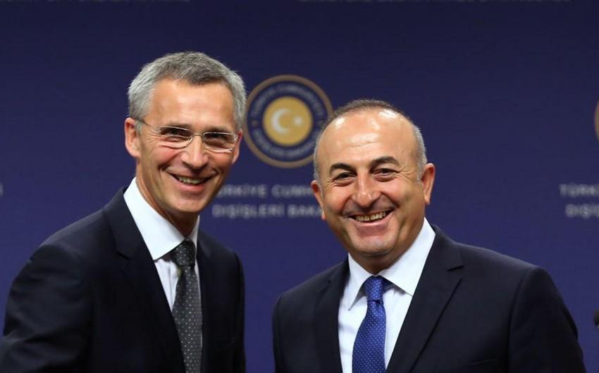 Mövlud Çavuşoğlu NATO-nun baş katibi ilə telefonla danışıb