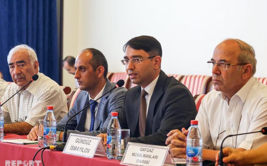 """Bakıda """"Dini radikalizm və xurafat-Bir medalın iki üzü"""" mövzusunda """"dəyirmi masa"""" keçirilib"""