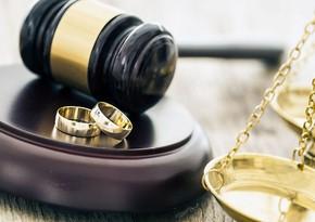 В Азербайджане выросло количество браков и разводов