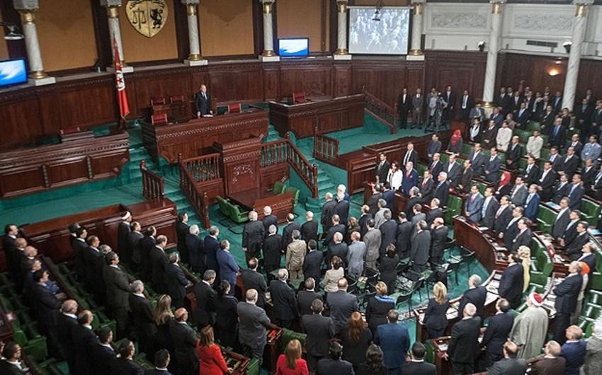 Tunis parlamentinə yeni spiker seçilib