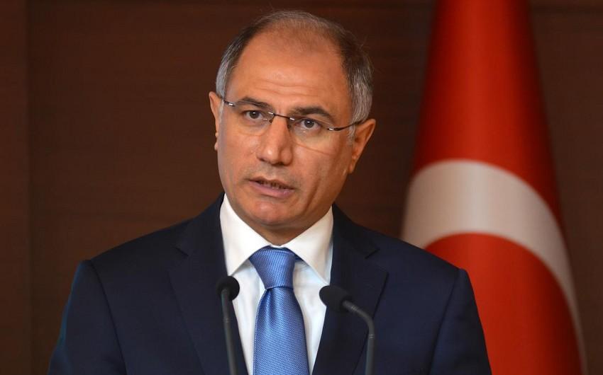 Türkiyə DİN başçısı: İndiyədək İŞİD-lə əlaqədə olan 5310 nəfər tutulub