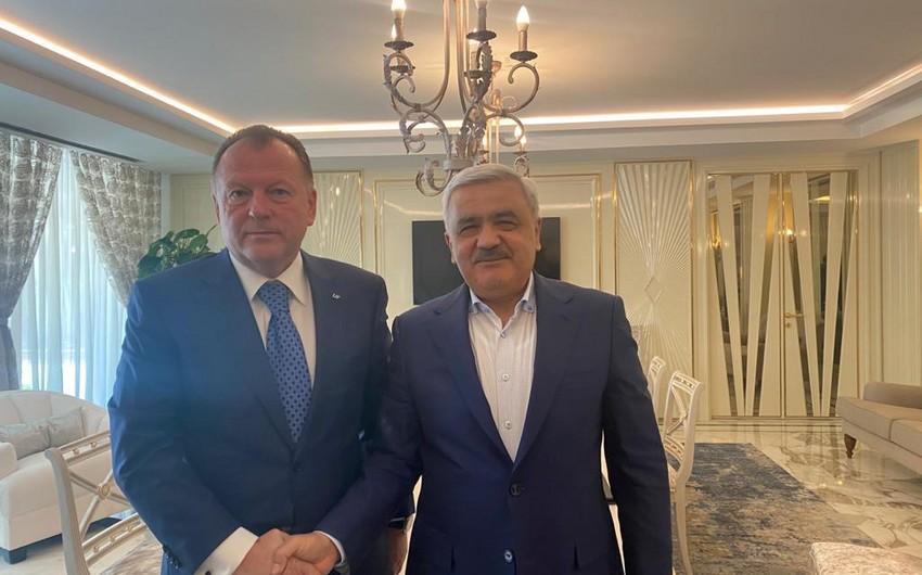 Rövnəq Abdullayev IJF prezidenti ilə görüşüb