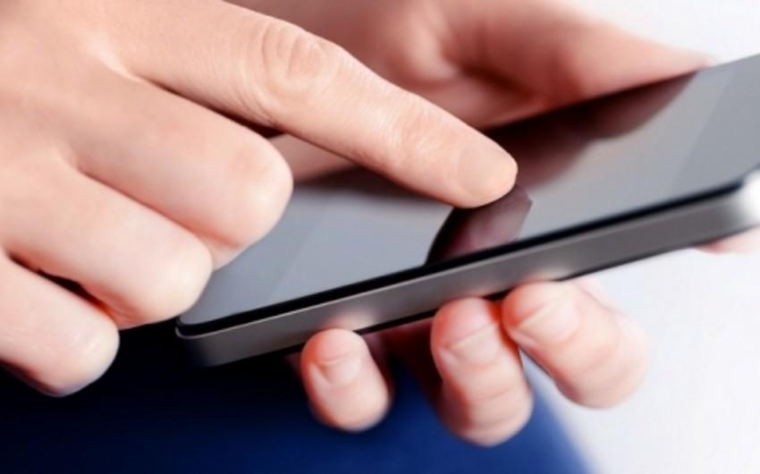Accessbank müştərilərinə mobil danışıq dəqiqələrini hədiyyə edir