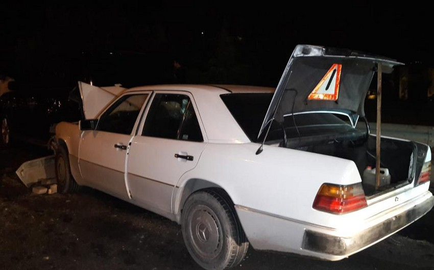 Bakıda iki avtomobil toqquşub, bir nəfər yaralanıb