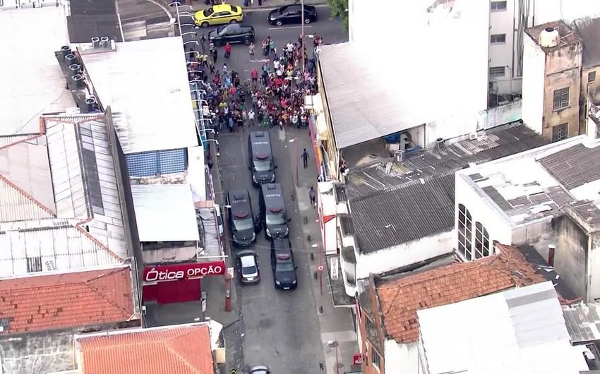 Rio-de-Janeyroda banka silahlı hücum olub, girov götürülənlər var - VİDEO