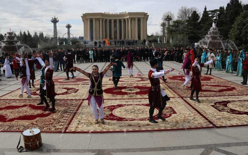 Gəncədə Novruz bayramı qeyd edilib - FOTO