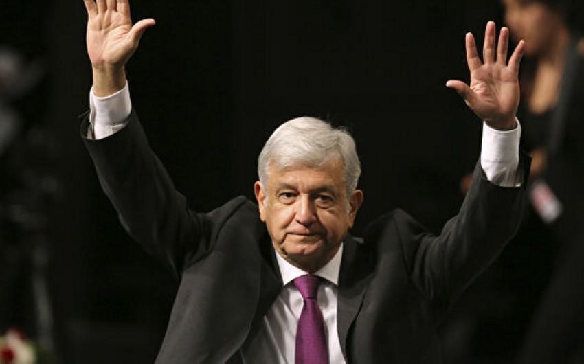 Meksika prezidenti ölkədə çevrilişin qeyri-mümkün olduğunu bildirib