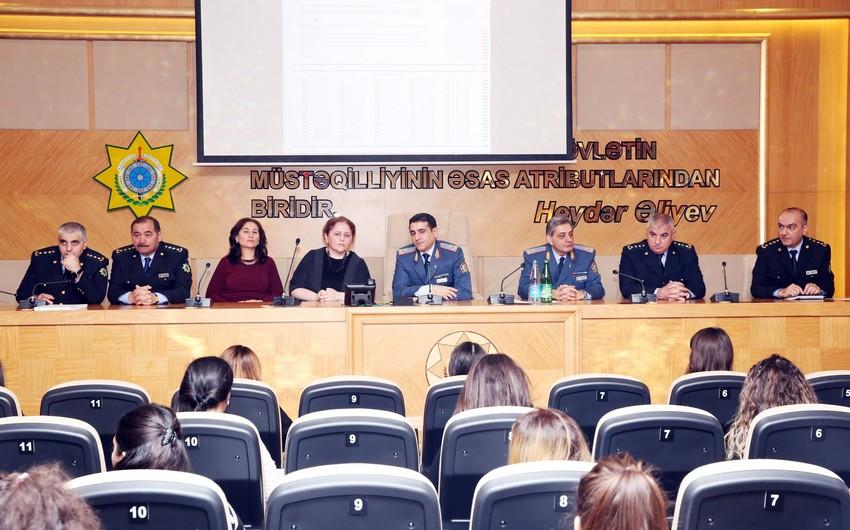 Dövlət Gömrük Komitəsində qadın namizədlərin iştirak etdiyi test imtahanına start verilib