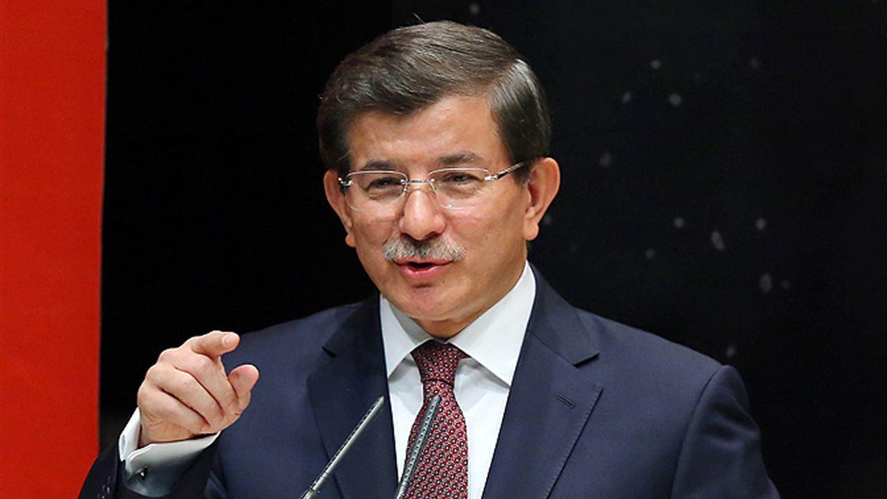 Əhməd Davudoğlu: Türkiyə burada ikən Azərbaycan sərhədlərində heç bir sıxıntı ola bilməz
