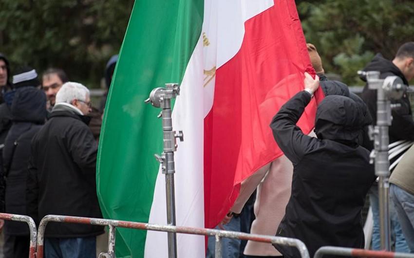 İranda ardıcıl üçüncü gündür etiraz aksiyaları keçirilir