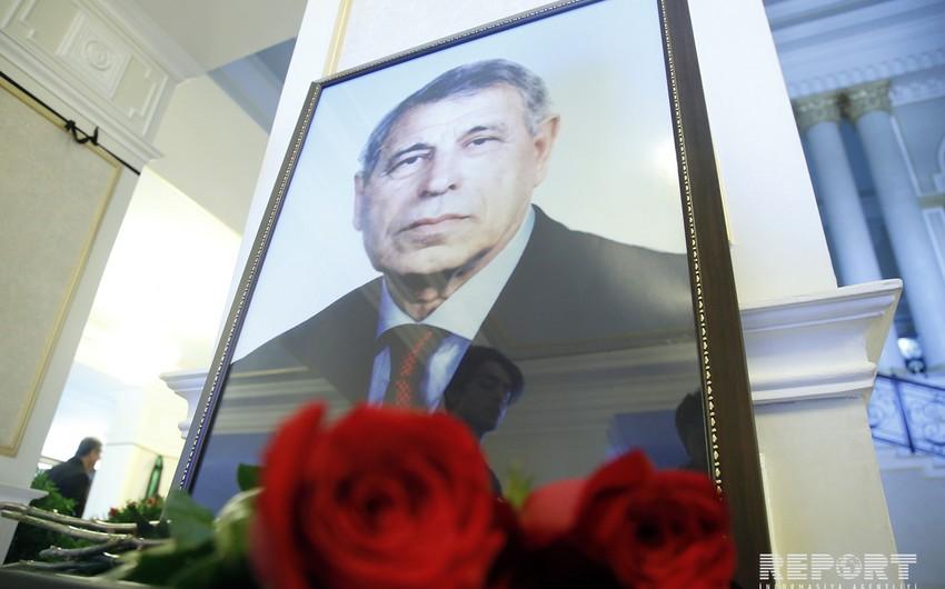В Баку проходит церемония прощания с Джалалом Алиевым - ФОТО