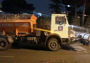 В Баку уборка снега продолжится ночью