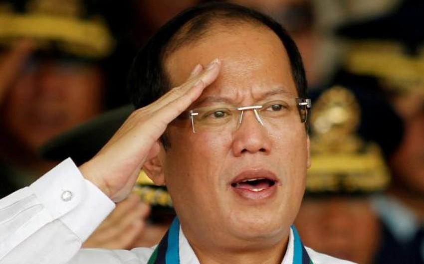 Filippinin keçmiş prezidenti vəfat edib