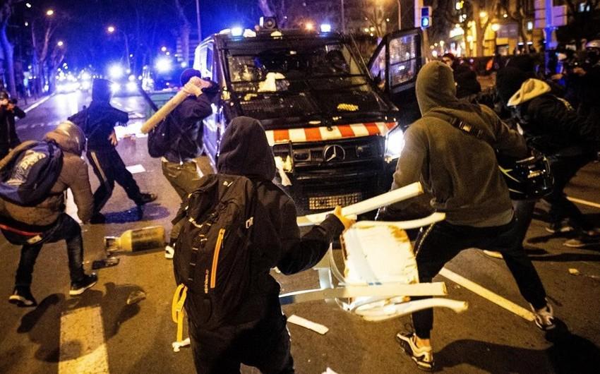 На акциях протеста в Испании задержали несколько десятков человек