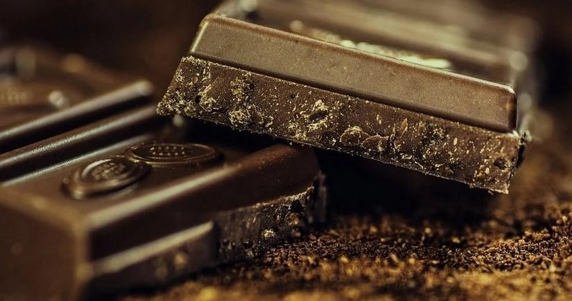 Названы заболевания, к которым может привести употребление шоколада