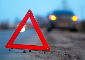 В Баку автобус попал в ДТП, есть пострадавшая