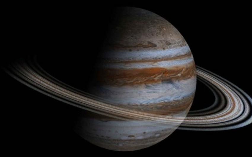 Amateur astronomer records meteor crashing Jupiter