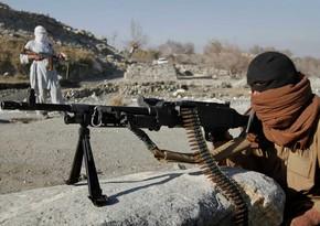Около 100 афганских военных перешли в Таджикистан после атаки талибов