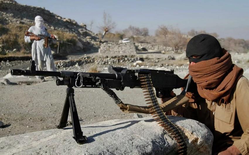 Əfqanıstanın daha 94 hərbçisi Tacikistana qaçıb