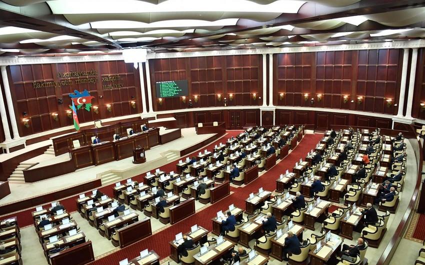 Milli Məclisin növbədənkənar sessiyasının plenar iclasının gündəliyi açıqlanıb