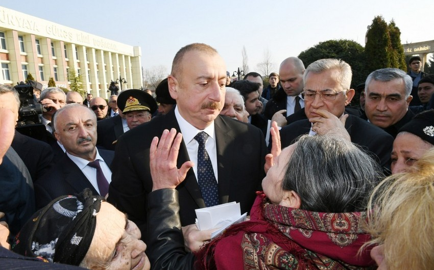 Президент Ильхам Алиев на месте ознакомился с работой по ликвидации последствий землетрясения в Агсу