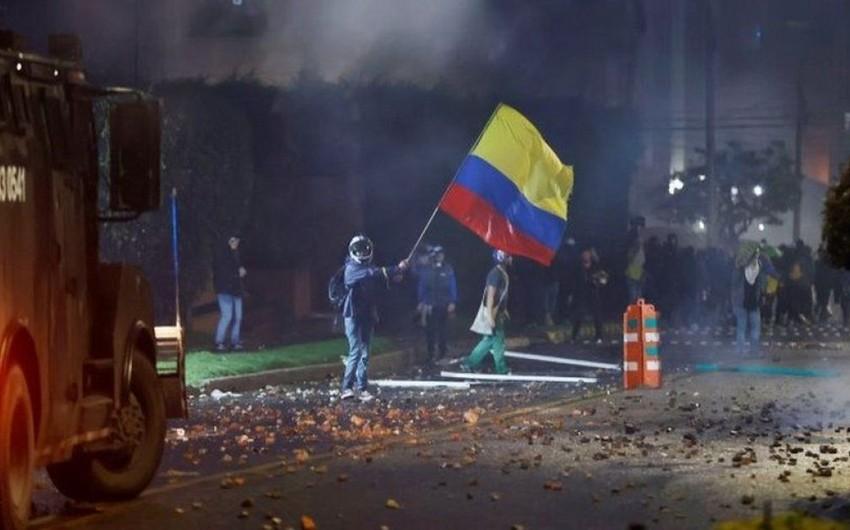 Kolumbiyanın paytaxtında etirazlar zamanı 90-dan çox insan xəsarət alıb