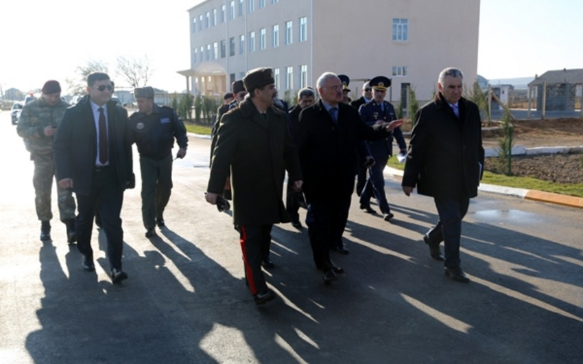 Apartment building to be built in military unit visited by premier Artur Rasizadeh