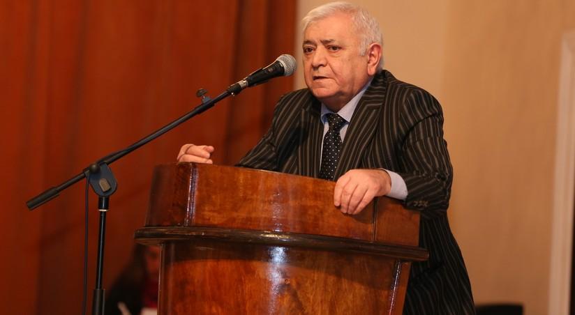 Агиль Аббас