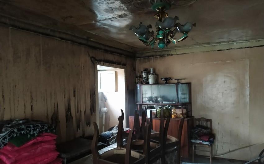 Ağdaşda 6 otaqlı ev əşyaları ilə birlikdə yanıb