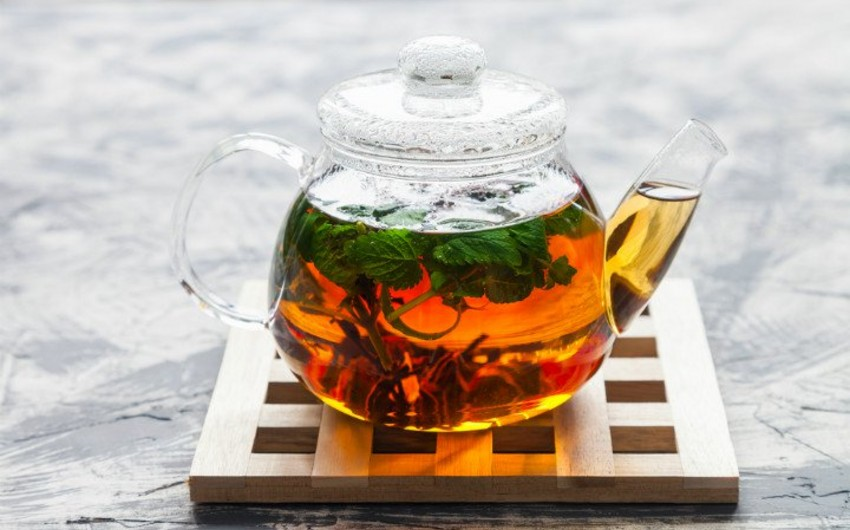 Green tea, coffee linked to lower death risk, study says
