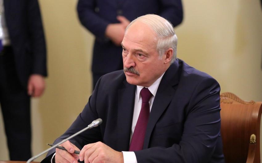 Lukaşenko Belarusdakı qarışıqlıqda ABŞ-ı ittiham etdi