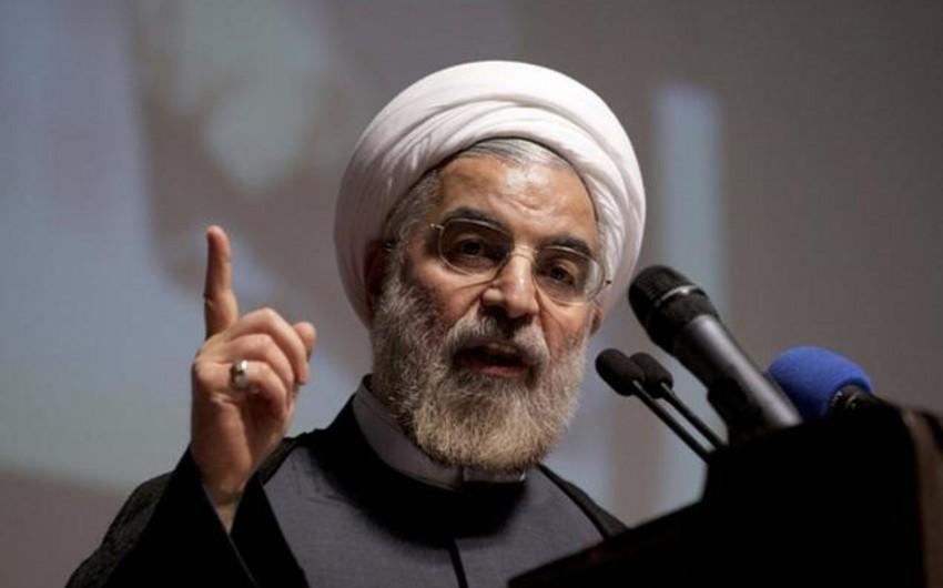 İran prezidenti: Nefti ucuzlaşdıranlar peşiman olacaq