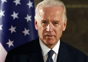 Biden allows foreigners to enter US
