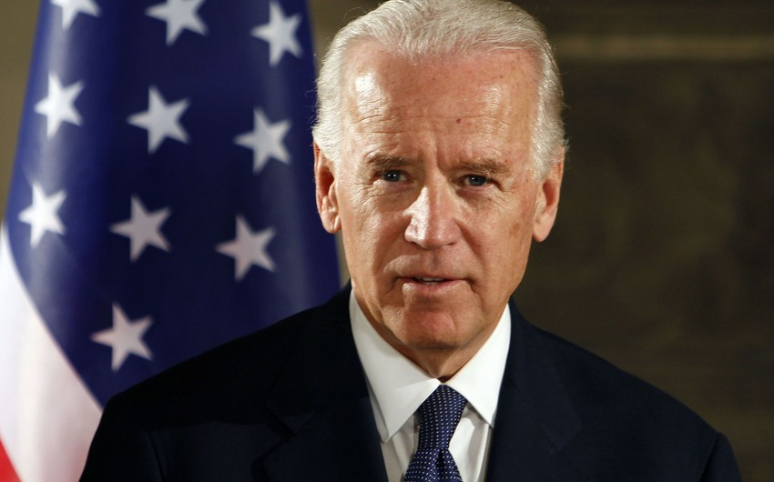 Biden allows foreigners to enter US
