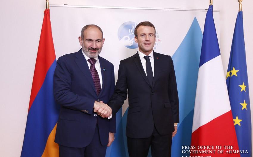 Беззаветная любовь Франции к Армении - горбатого могила исправит - КОММЕНТАРИЙ