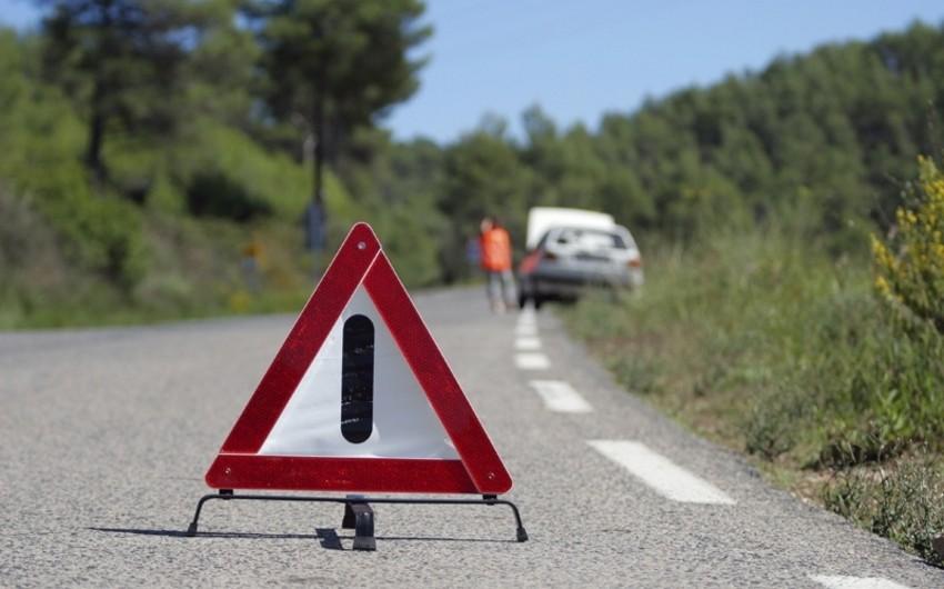 Bakı-Qazax avtomobil yolunda baş vermiş qəza nəticəsində bir neçə nəfər xəsarət alıb - YENİLƏNİB