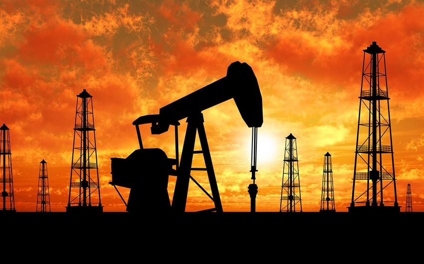 """""""Brent"""" neftinin qiyməti 54 dollardan aşağı düşüb"""