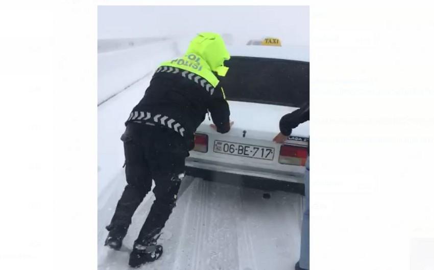 Bakı-Şamaxı-Yevlax yolu buz bağlayıb - VİDEO