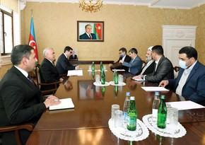 Vasif Talıbov İran nümayəndə heyəti ilə görüşüb