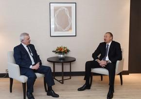Azərbaycan Prezidenti Vahid Ələkbərova məktub yazdı