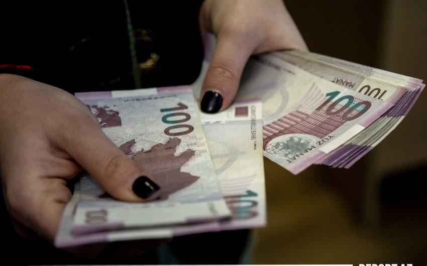Azərbaycan əhalisinin gəlirləri 1%-dən çox artıb