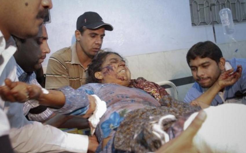 Pakistanda zəvvarları aparan avtobus aşıb, 15 nəfər ölüb