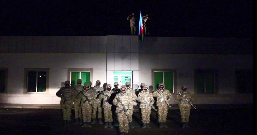 В освобожденном от оккупации Лачине поднят Азербайджанский флаг