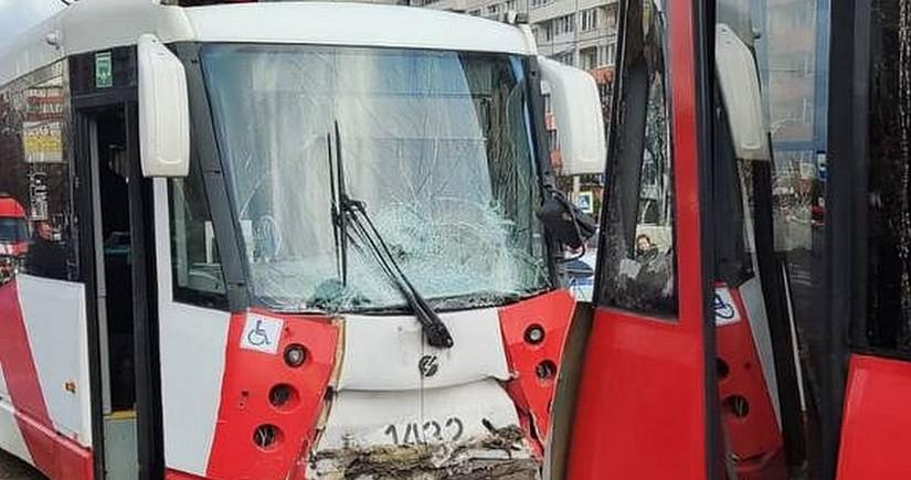 Rusiyada iki tramvay toqquşub, yaralananlar var