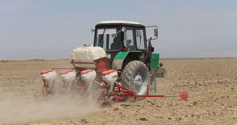 Посол: Азербайджан и Иран наладят совместное производство тракторов